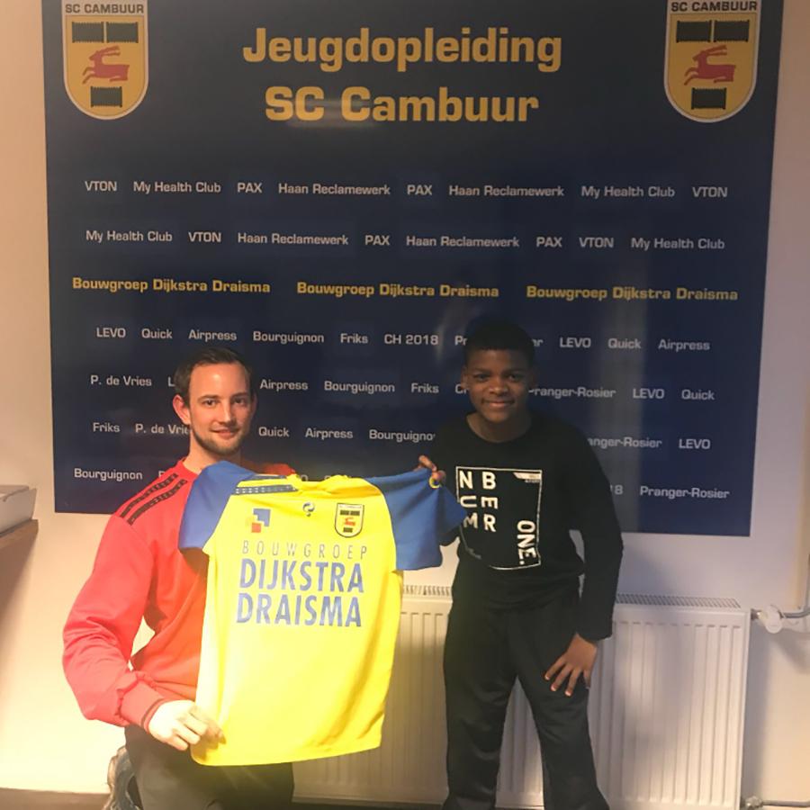 Heerenveense Boys JO11-1 spelers naar jeugdopleiding sc Cambuur