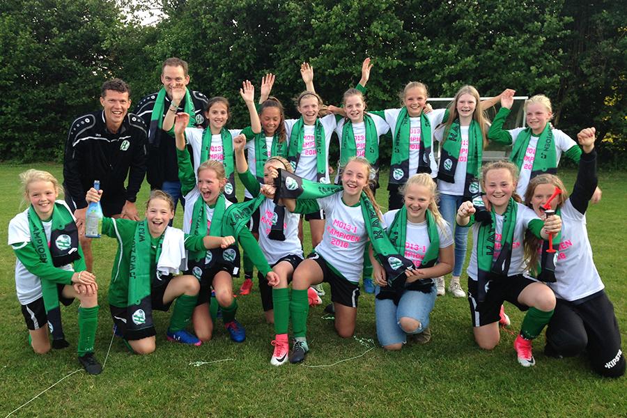 Heerenveense Boys MO13-1 kampioen 2017-2018