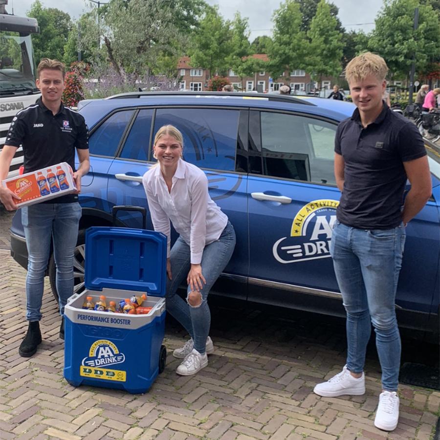 AA Drink sponsor Heerenveense Boys 1 en Vrouwen 1